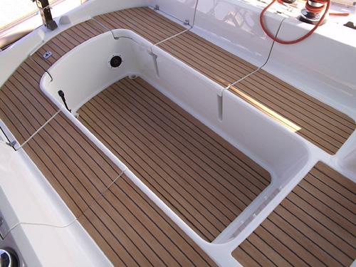 Mocha SeaDek Camel 39x77 Brushed Teak Boat Non Skid Stick On Marine Foam 3M