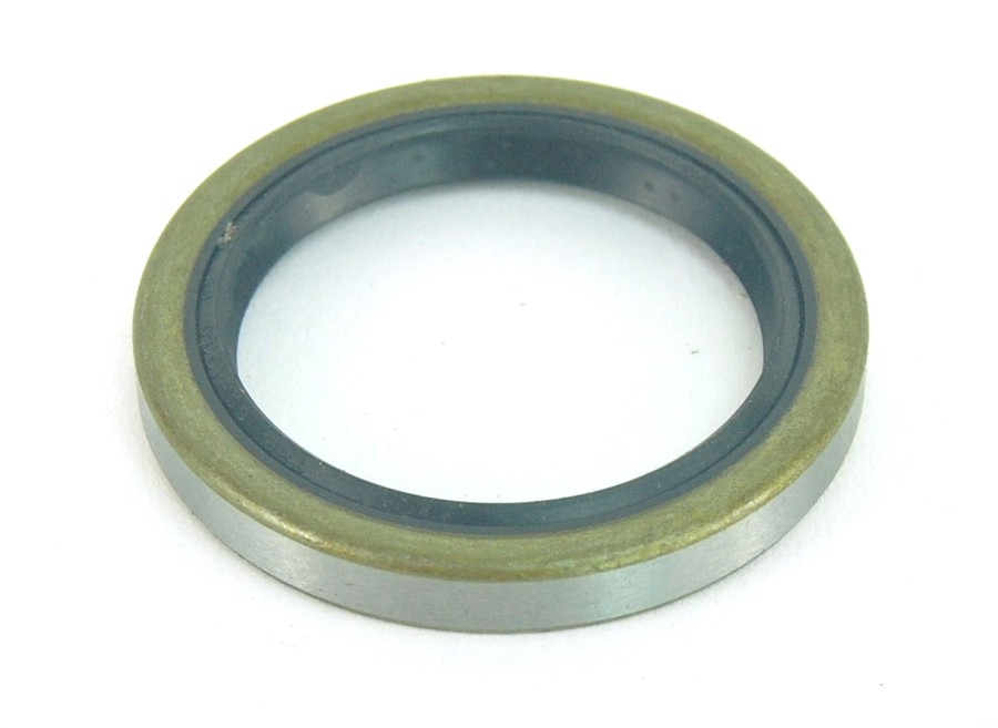 "Trailer Hub Grease Seal 1 1/2"" Inner Diameter for 2,200lb Hubs"